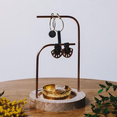 Orea | Porte bijoux | Chêne et cuivre |