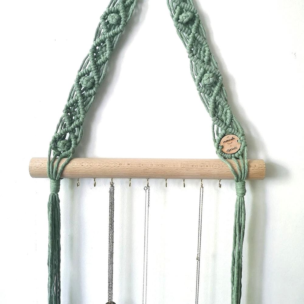 Porte collier | Macramé et bois de hêtre | Vert