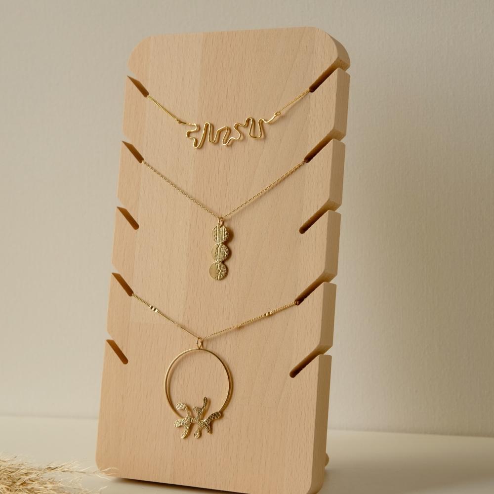 Maya | Porte collier de face |