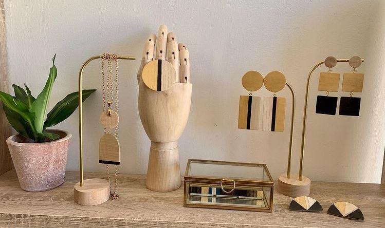 presentoir-bijoux-marqueterie